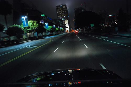 การขับรถเวลากลางคืน